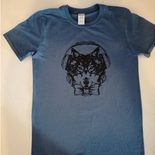 Image of product T-SHIRT WOLF WITH HEADPHONES