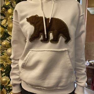 Image of product Sweatshirt with bear